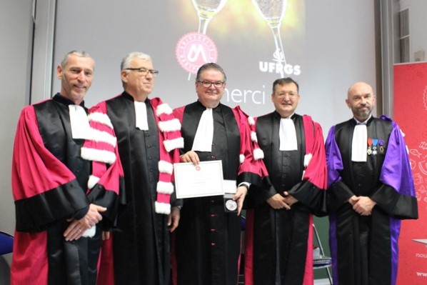 Professor awarded title of Doctor Honoris Causa